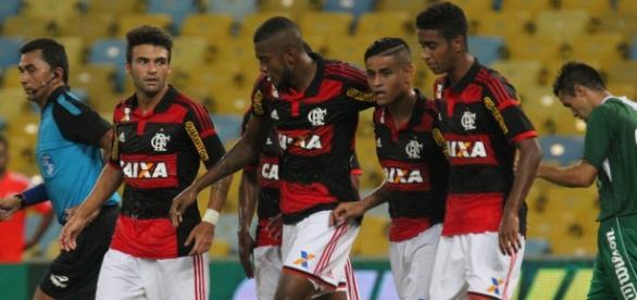 Flamengo mexerá no elenco visando 2016