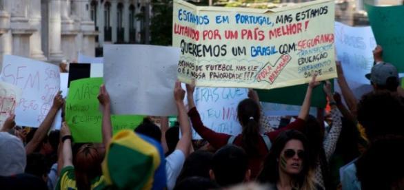 Milhares de brasileiros trabalham em Portugal.