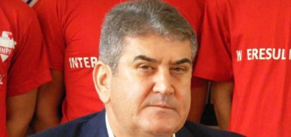 Gabriel Oprea nu va mai îndruma viitori doctori