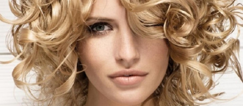 Vitamine di gruppo in per crescita di capelli in maschere