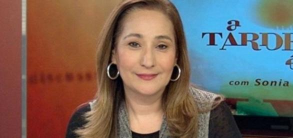 Boninho diz que Sônia Abrão é chata