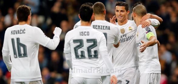 Cristiano festeja uno de sus goles al Malmoe