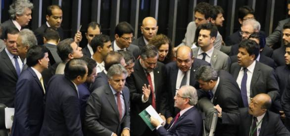 Muita confusão marcou a sessão na Câmara