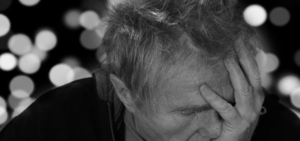Os mais suscetíveis ao alzheimer são os idosos