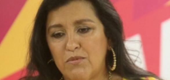 Regina Casé se revolta com a Globo