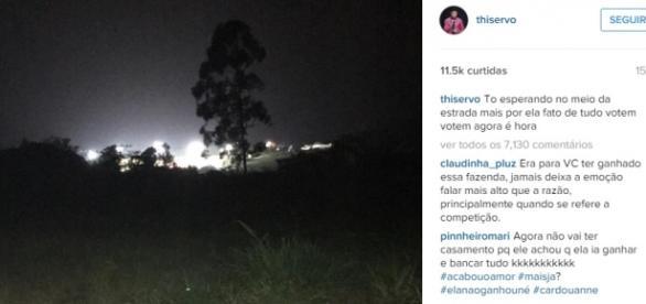 Thiago Servo assiste final de 'A Fazenda' no mato