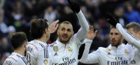 Alegría merengue tras el doblete de Benzema
