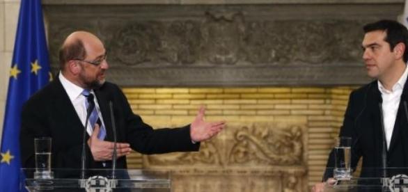 Robert Schultz si Alexis Tsipras