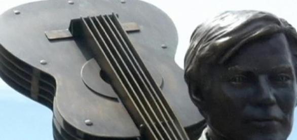 Tom Jobim, presença eternizada em Ipanema