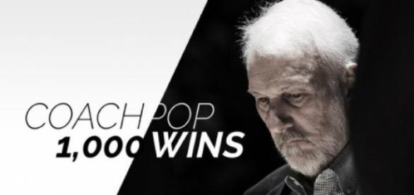 San Antonio Spurs celebraram feito do treinador