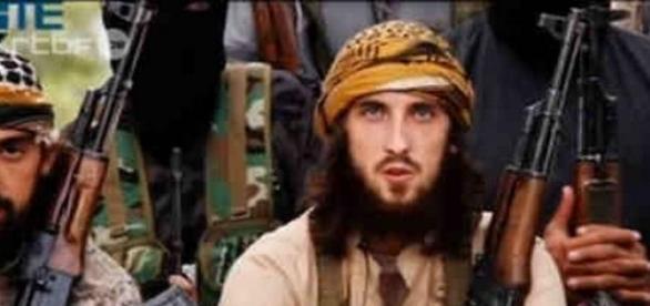 capture d'écran d'une vidéo de propagande de l'EI