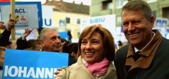 Carmen si Klaus Iohannis in diaspora