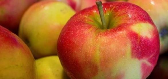 W sierpniu każdy chciał jeść polskie jabłka.