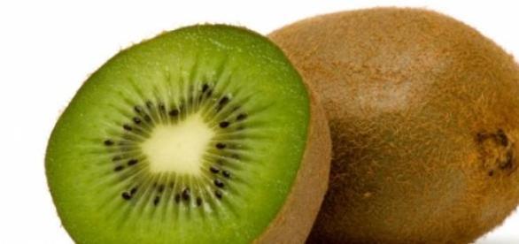 beneficiile consumului de kiwi