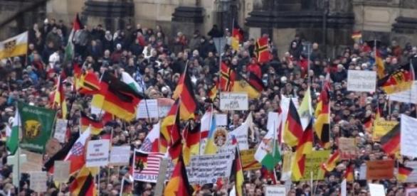 Manifestacja PEGID-y w Dreźnie