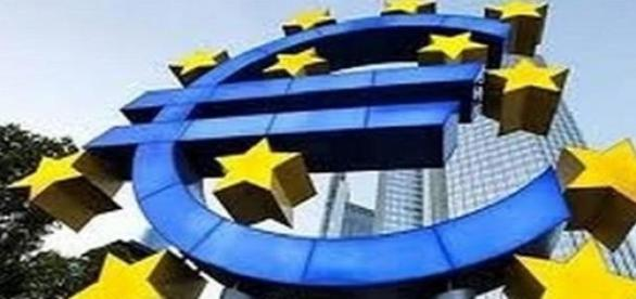 The euro sign in ECB headquarters