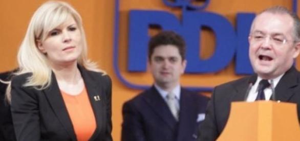 Udrea si Boc , doi fosti lideri PDL