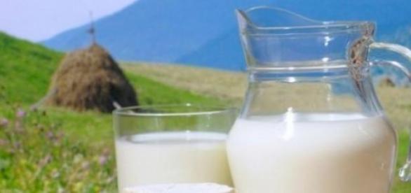 Beneficiile consumului de lapte