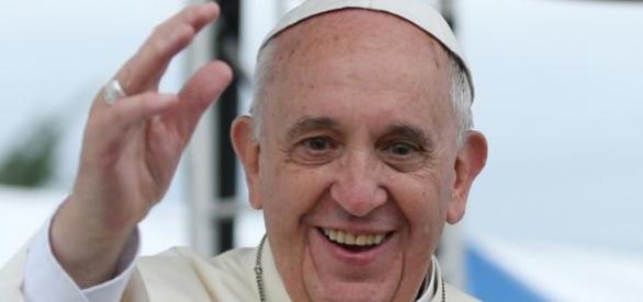 Papa Francisco anuncia os 20 novos cardeais.