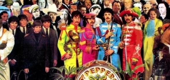 Os The Beatles com um dos grandes álbuns de 1967