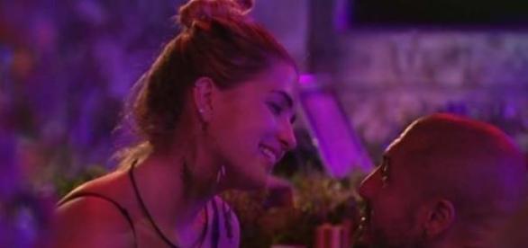 Fernando pediu Aline em casamento