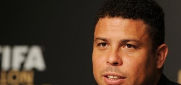 Ronaldo quase voltou para o Corinthians