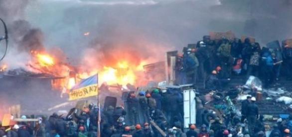 Ucrânia enfrentas dias de tensão