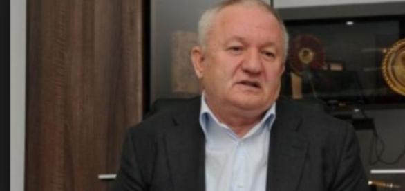 Adrian Porumboiu , un om de afaceri de succes