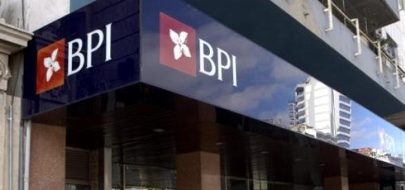 CaixaBank quer comprar o BPI