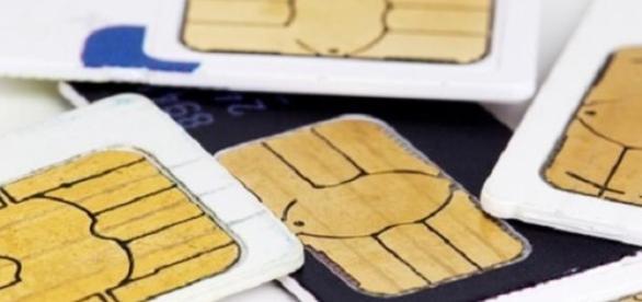 Las SIMs, víctimas de la NSA, según Edward Snowden