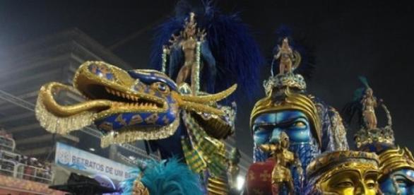 O patrocínio da escola de samba gerou polêmica