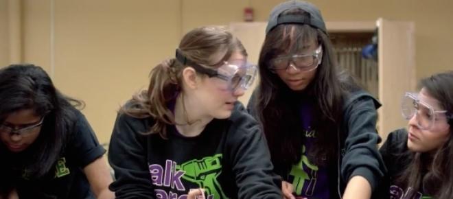 A Google Science Fair 2015 está aberta a todos os jovens entre os 13 e os 18 anos até 18 de Maio. Os vencedores são anunciados em Setembro.