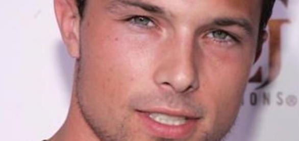 Medina interpretou Cole Evans, o Ranger vermelho