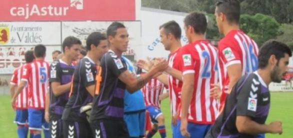 Amistoso en Luarca entre los dos equipos