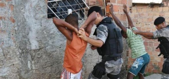 Governado do RJ defende penas duras a criminosos