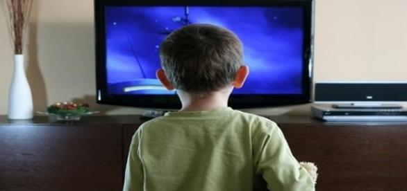Vedetele reprezinta modele negative pentru copii