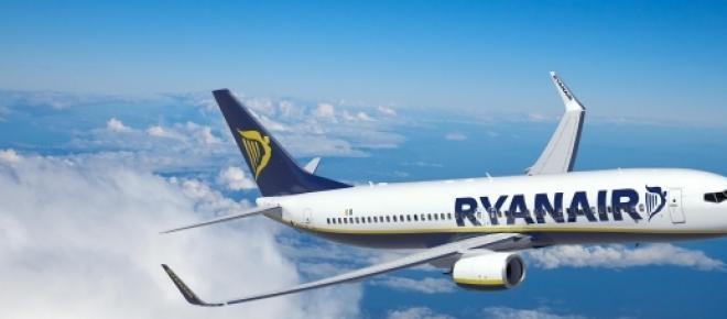 Ryanair com voos para Ponta Delgada.