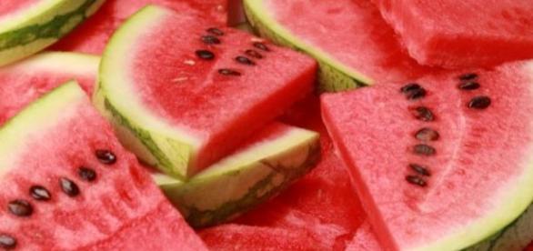 consumul de pepene rosu si beneficii