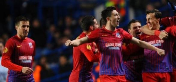 FC Steaua, sanctionata de UEFA