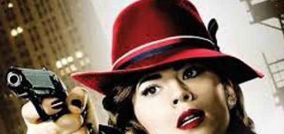 Agente Carter luta para ser mais que uma pin-up