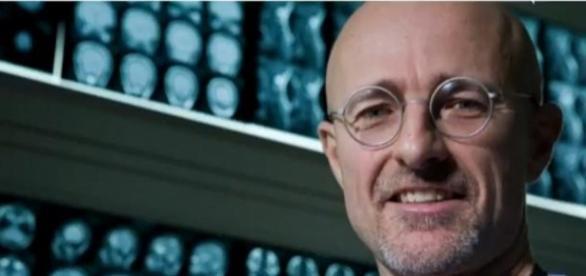 Chirurgul italian Sergio Canavero