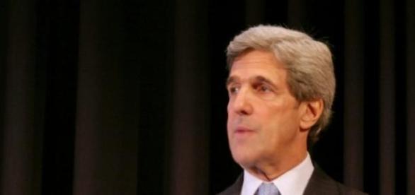 John Kerry a critiqué le Vénézuela à Washington.