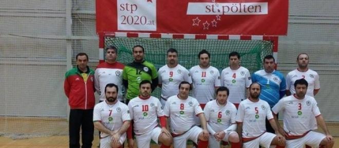 """Seleção nacional de futsal do clero ganhou a """"Clerigus Cup"""" à favorita Polónia."""