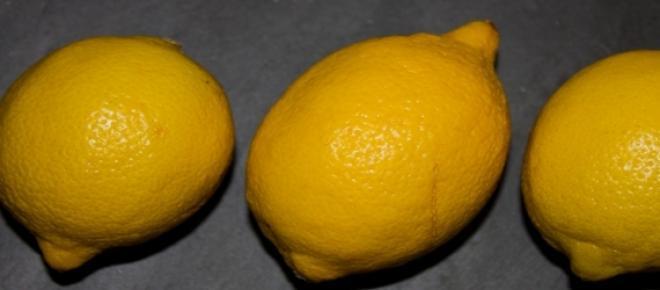 Pour lutter contre la grippe, les rhumes et autres maux hivernaux, le citron est un remède 100% naturel qui a prouvé son efficacité.