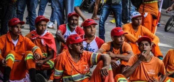 Governo português não respeita leis europeias