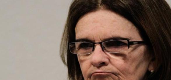 Graça Foster renuncia à presidência da Petrobras