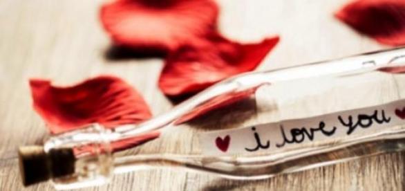 A Taranto baci e omaggi per San Valentino