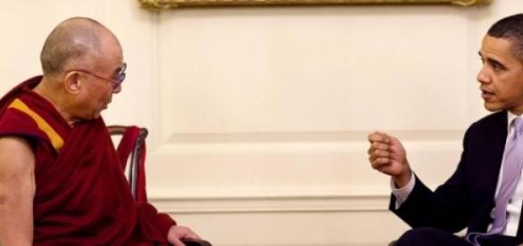 Barack Obama a salué le Dalaï-Lama.