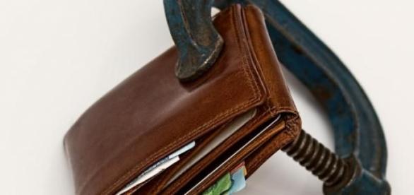 Cortes de gastos atingem programas sociais