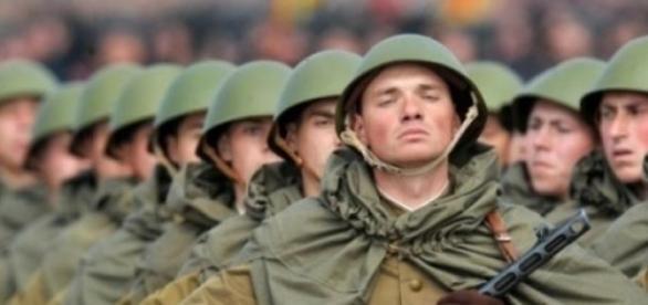 militarii ucrainiei isi apara tara